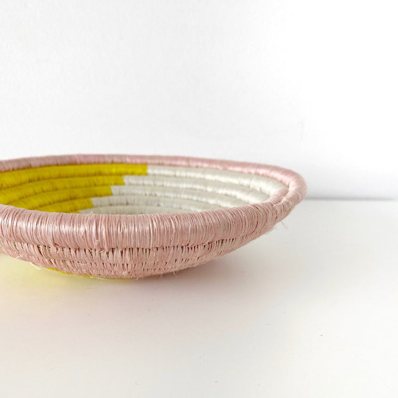 "African woven bowl ""Unity"" 