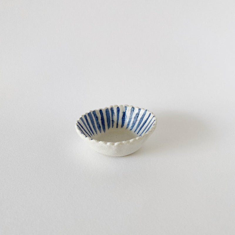 Clay Beehive | scalloped ceramic bowl | stripes