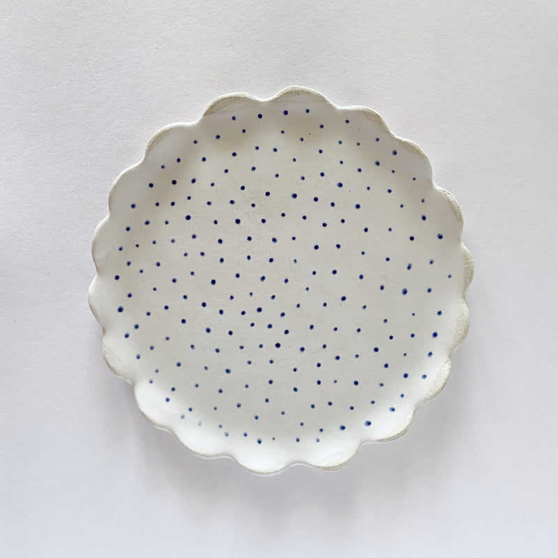 Clay Beehive | handmade ceramic scalloped plate | small spot | 18cm