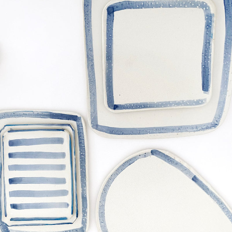 Clay Beehive | ceramic plate | blue rim collection