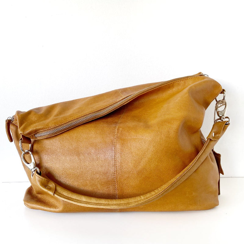 Muskhane | basket with leather handles | light stone,natural