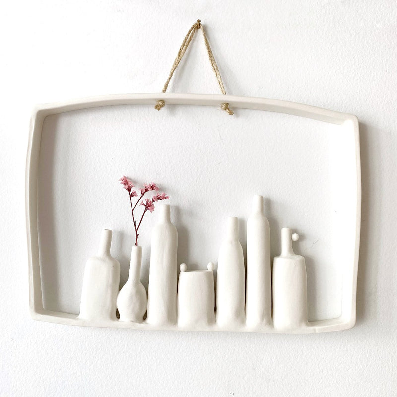 illys wall #6 | wall decor - 7 vases in frame