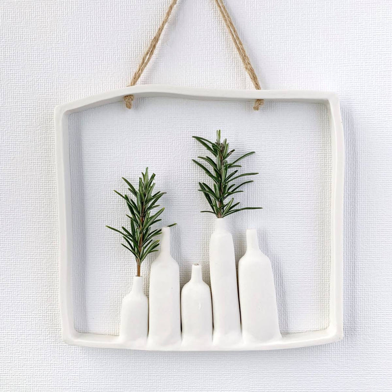 illys wall | wall decor - 5 vases in frame - white