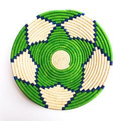 Couani Orta woven bowl medium green -  - mondocherry - home : style : design