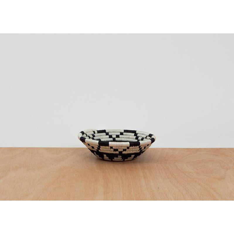 """Kisasa"" African woven bowl #1 
