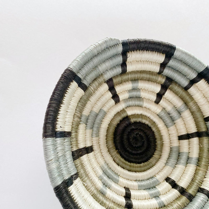 """Kisasa"" African woven bowl 