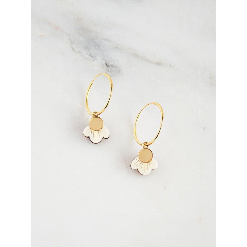 Moe Moe | Kate Mayes layered medium circle stud earrings | flossy