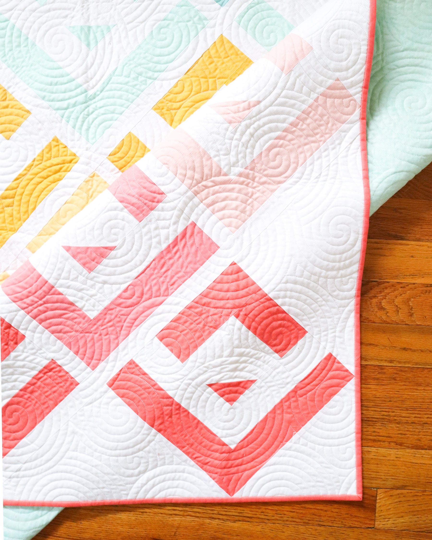 Cabin Valley by Cotton and Joy - long arm quilting detail