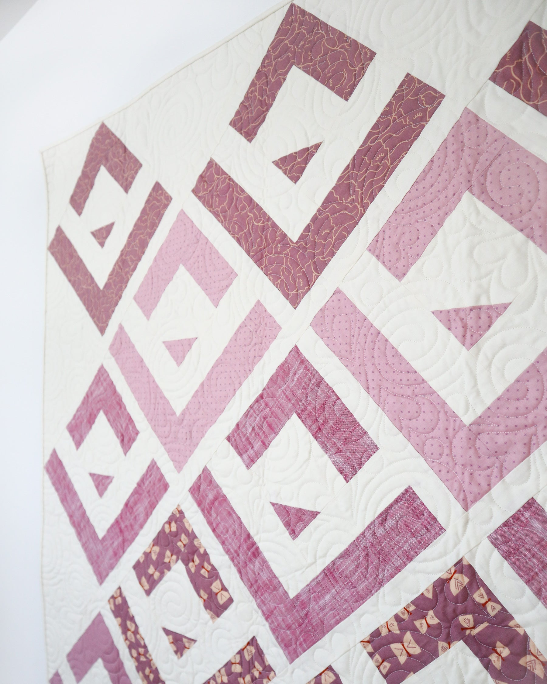 Purple Cabin Valley quilt - a modern log cabin quilt pattern by Cotton and Joy