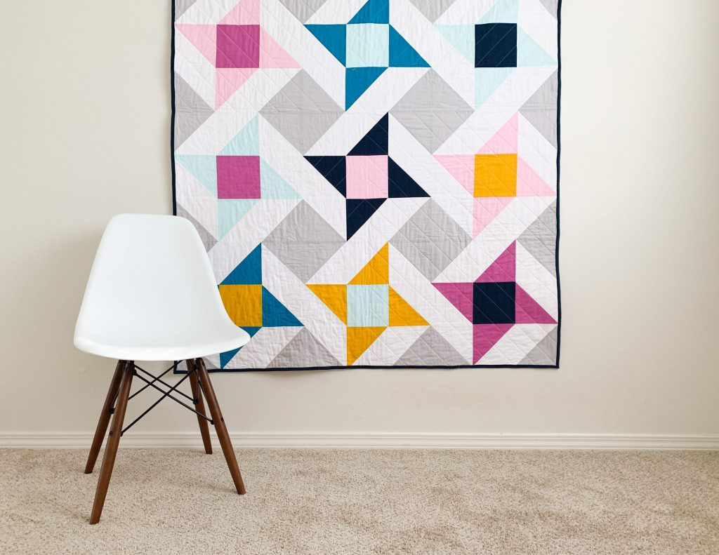 Modern take on the classic friendship star block. Pattern by Cotton and Joy. #Starsquilt