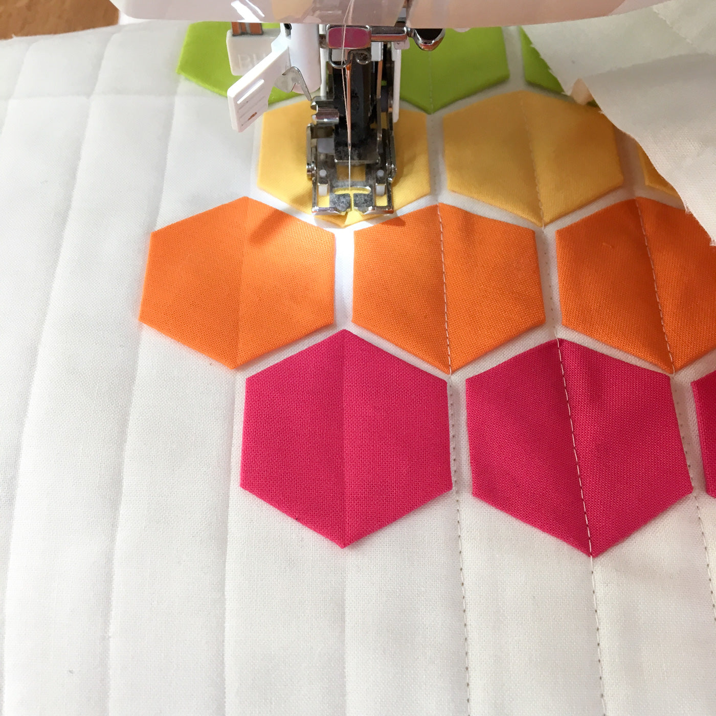 Modern Quilting, straight line quilting with walking foot