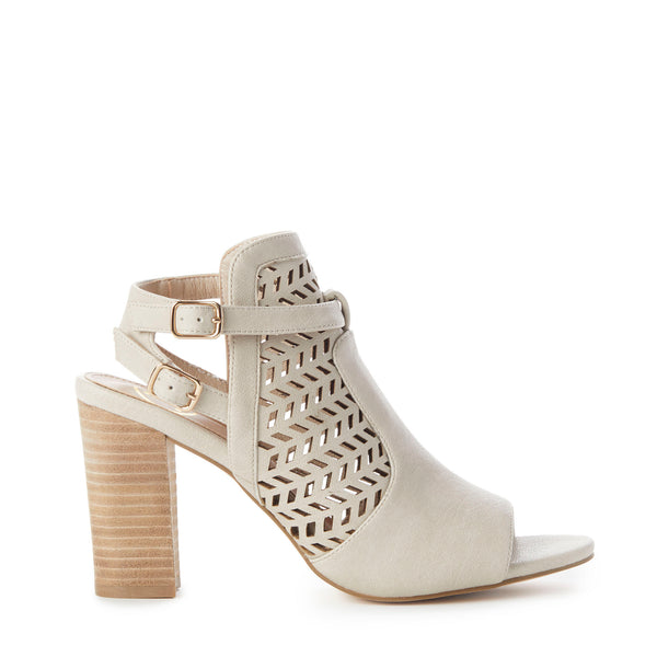 KIMBERLY Perforated Stacked-Heel