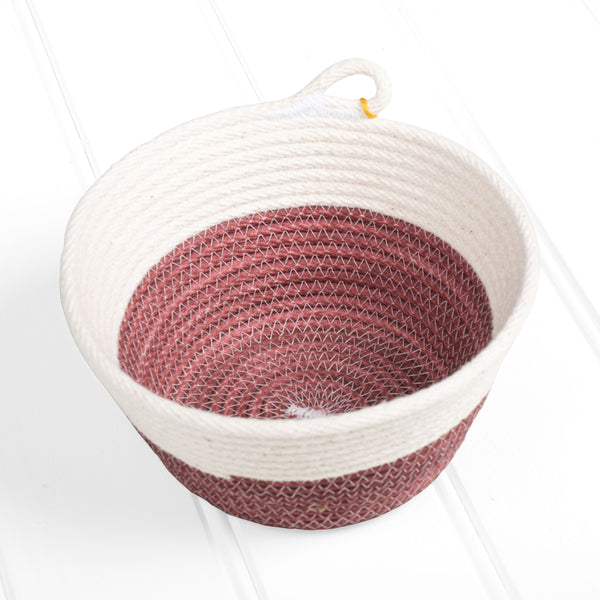 Medium dyed basket – red