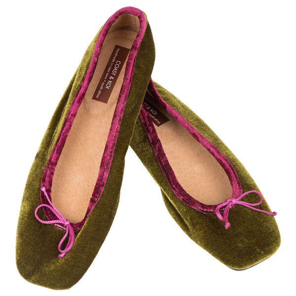 Olive Square Toe pump