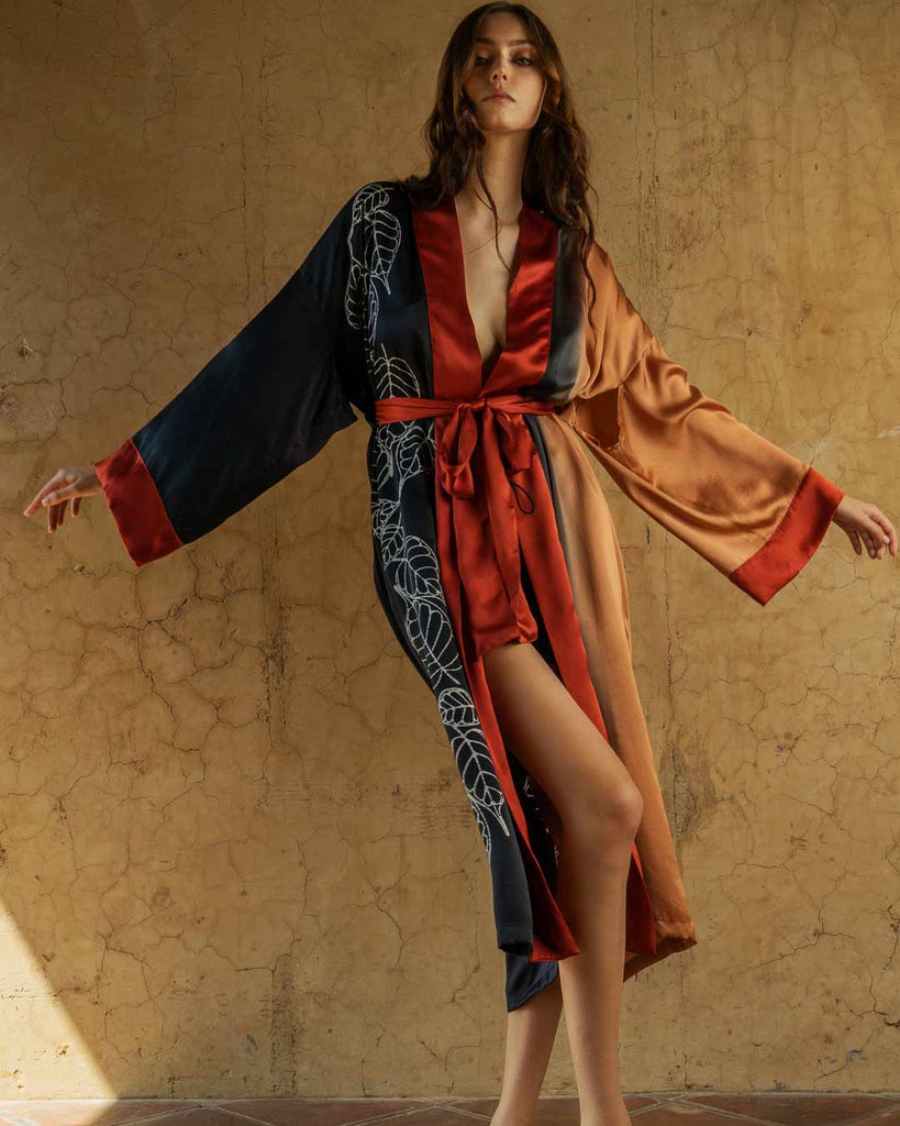 A stunning piece you can use as a robe for a special evening or everyday in your relaxing time.