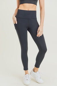 Black essential high waist leggings
