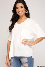 V neck pocket tee w/side slits