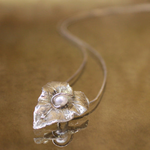Leaf with Pearl Pendant