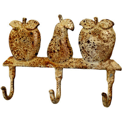 Set of 2PCS Metal Wall Hooks with 3 Fruits, Rustic Appearance