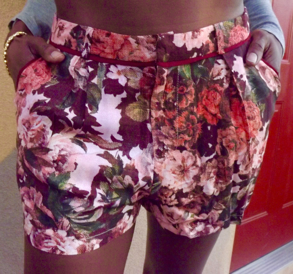 Floral Shorts - LAQUOR - 1