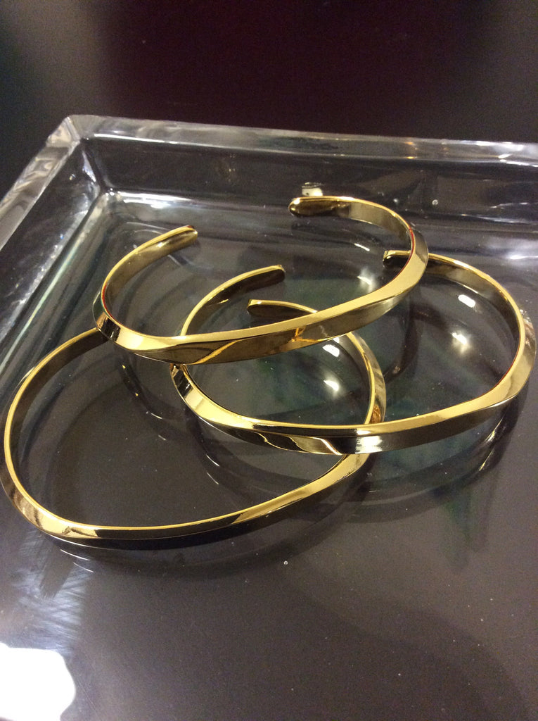 Curved Gold Cuff - LAQUOR