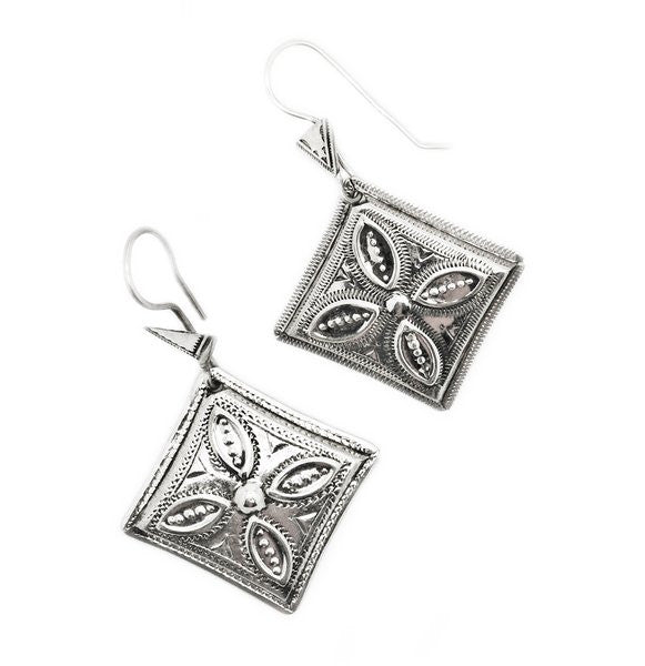 Fine Sterling Silver Diamond Leaf Earrings - Niger