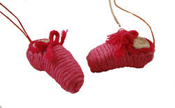 Yarn Ballet Slipper Ornament - Colombia