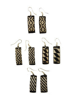 Cana Flecha Black and White Earrings - Colombia