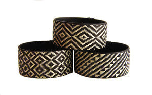 Cana Flecha Black And White Medium Cuff - Colombia