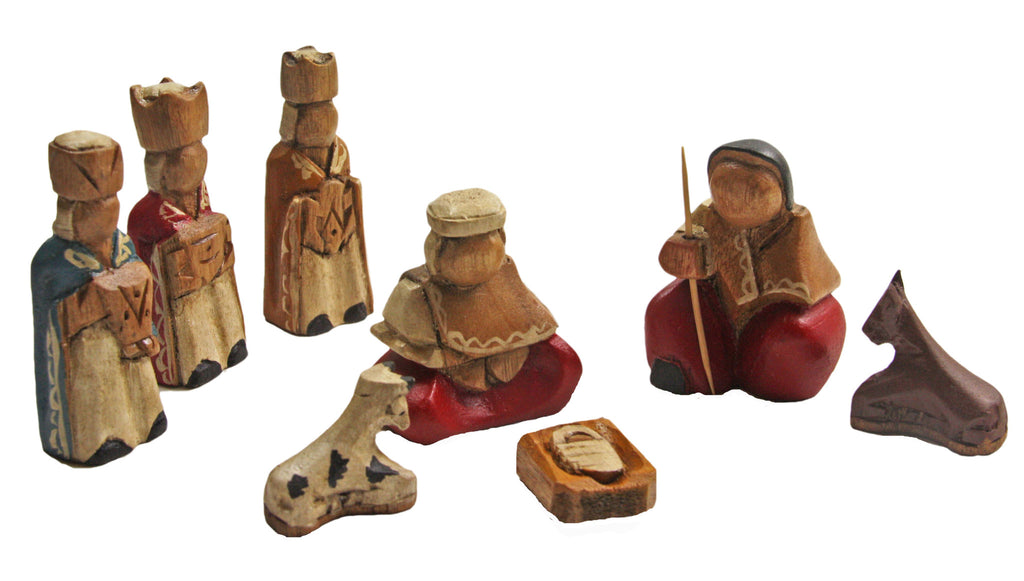 Mini Nativity Scene 8 Piece - Ecuador