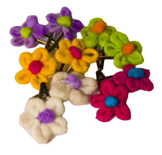 Felted Yarn Flower Barrettes Colombia Set 6 Pairs - Colombia