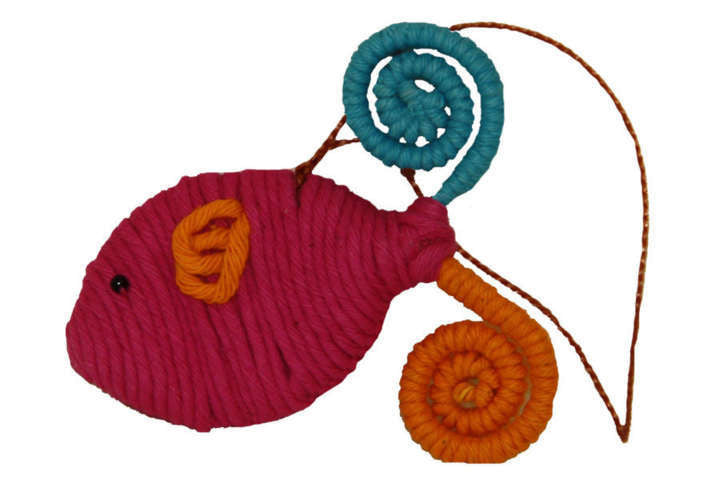 Yarn Fish Ornament - Colombia