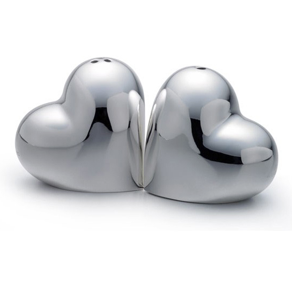 Silver Plated Heart Shaped Salt And Pepper Shakers Sets