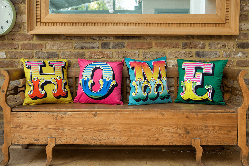 cushions on sofa spelling word home