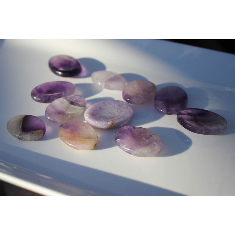 Amethyst Worry Stone / Protection / Enhance Psychic Abilities and Intuition - Energy Tools