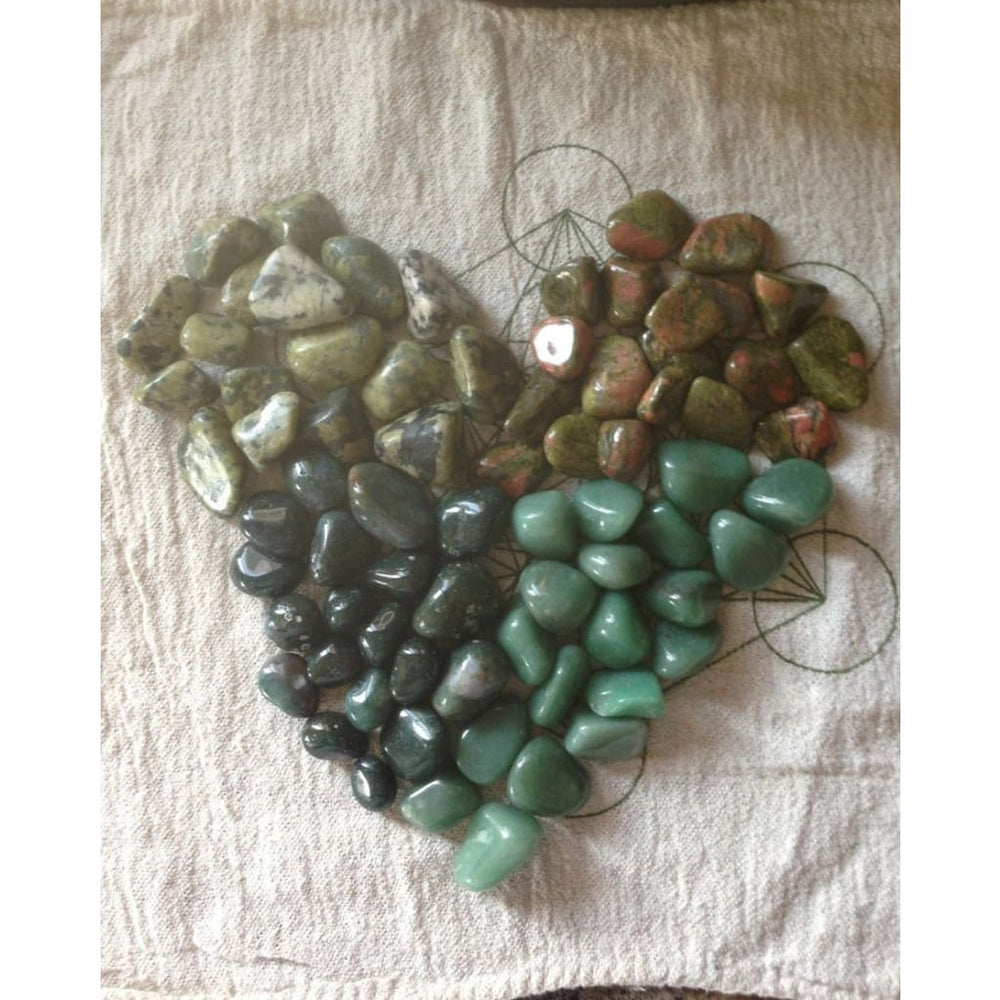 BALANCE YOUR HEART --- Heart Chakra Healing Crystals Mix - Chakras