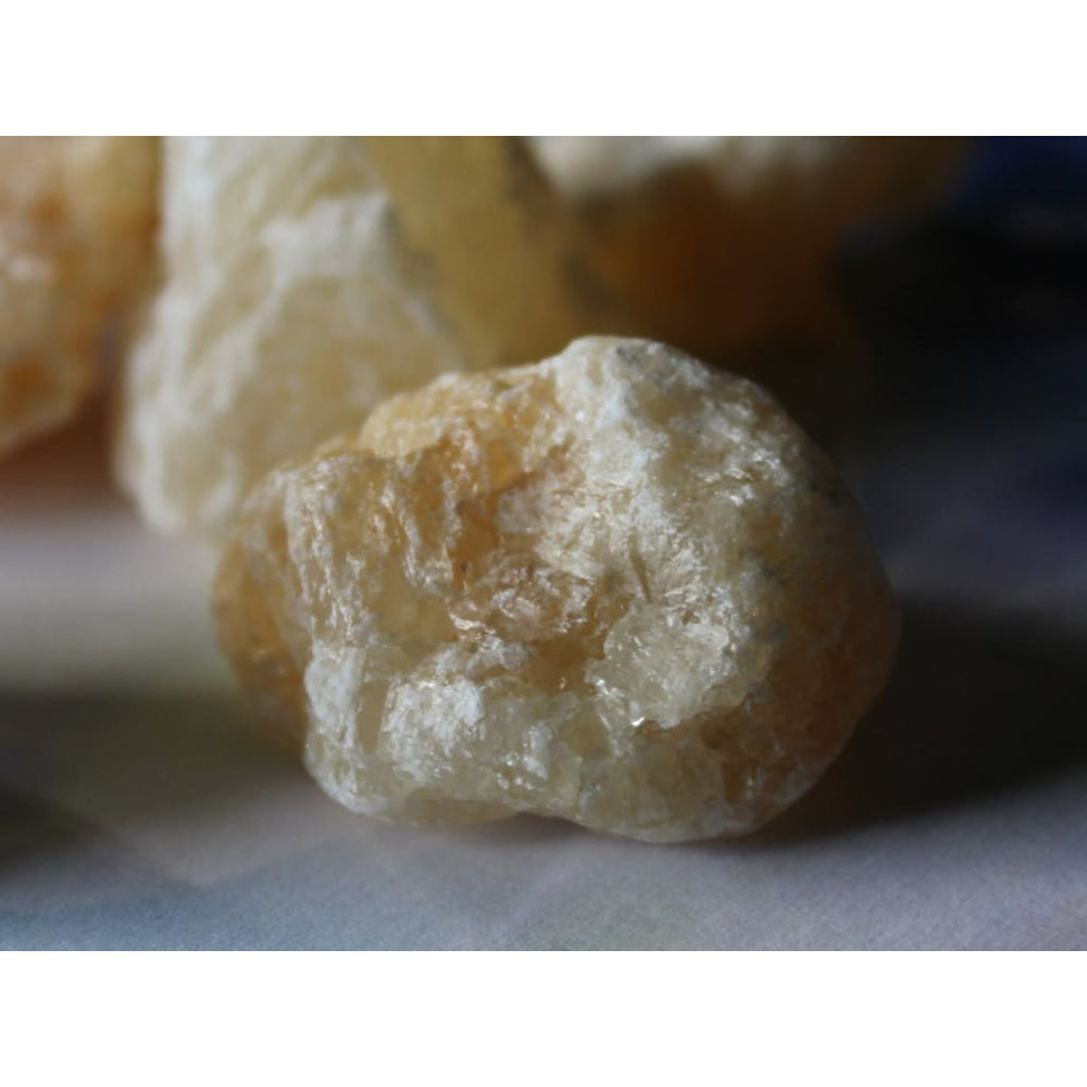 HONEY CALCITE Raw Chunk / Gentle Amplification / Solar Plexus and Sacral Chakras / Creativity / Sexuality / Confidence - Natural Crystals