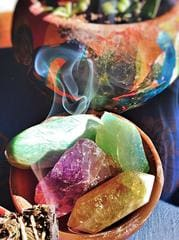 Crystal Cleansing and Energizing – ZARALUNA