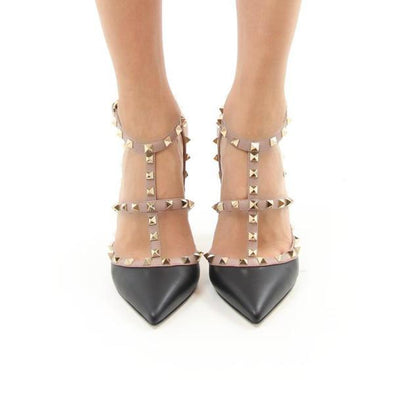 Daniella Black Pumps
