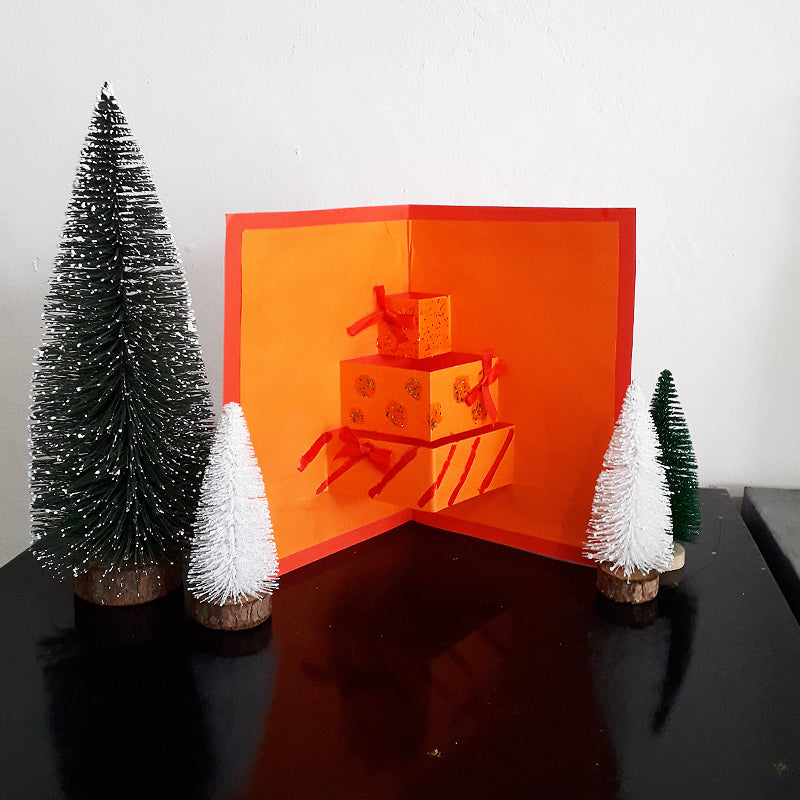 Simple Christmas Craft for Kids: Pop Up Card