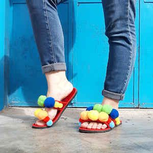 Easy-Peasy Pom Pom Slippers Tutorial