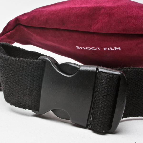 North Magazine Corduroy Camera Bag Burgundy