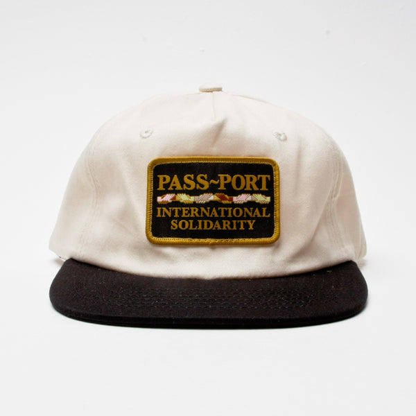 Pass~Port Intersolid Patch 5-Panel Cap Natural/Black