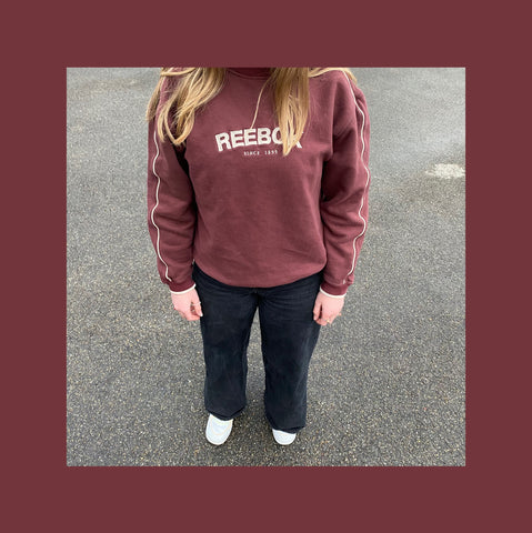 Vintage Reebok Pullover Outfit