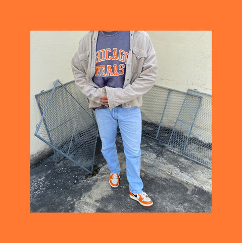 Vintage College Pullover Outfit