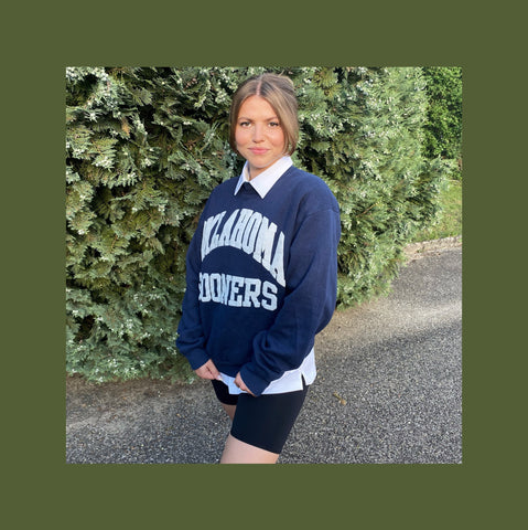 Vintage Oversized Pullover Frauen Outfit