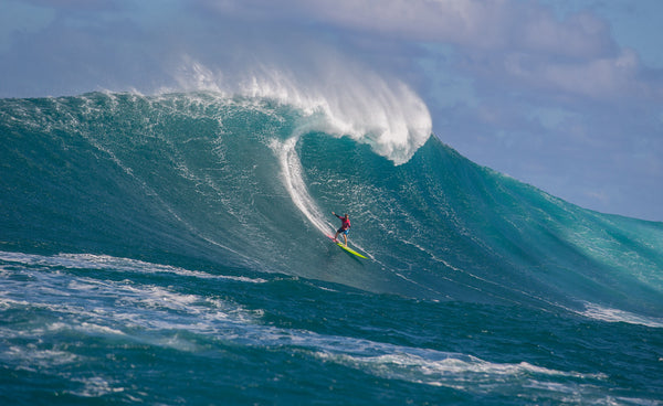 Episode 39: Big Wave Champion Paige Alms; Love, Light & Legacy