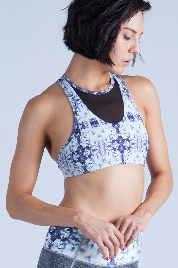 Miss Runner sports bra all high impact crop yoga top activewear sportswear woman running gym hiking sustainable gymwear yogawear sale discounts free shipping delivery worldwide active fitness mesh racerback