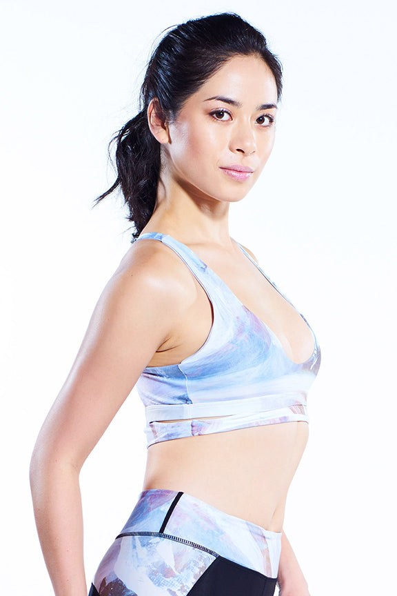 Miss Runner sports bra all high impact crop yoga top activewear sportswear mesh print floral high neck racerback crisscross woman running gym hiking sustainable gymwear yogawear sale discounts free shipping delivery worldwide active fitness
