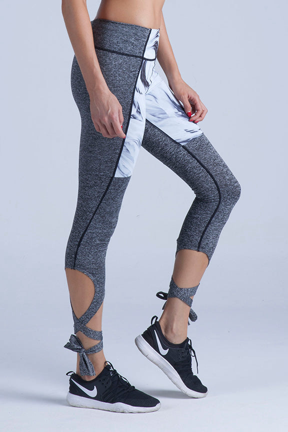 Miss Runner leggings yoga pants tights mesh activewear lace up sportswear marble print pocket all high impact comfy lycra compression running gym hiking sustainable woman stirrup gymwear yogawear sale discounts free shipping worldwide active fit fitness